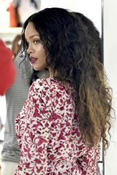 Rihanna - Shopping in Sardinia (Italy) - August 2014