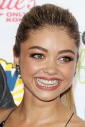 Sarah Hyland – Teen Choice Awards 2014 in Los Angeles