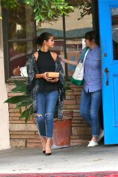 Selena Gomez in Ripped Jeans - Out For Dinner With Friends in Los Angeles - August 2014