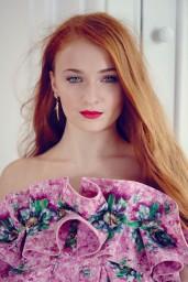 sophie-turner-tatler-magazine-uk-march-2014-issue_18
