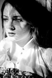 sophie-turner-tatler-magazine-uk-march-2014-issue_9