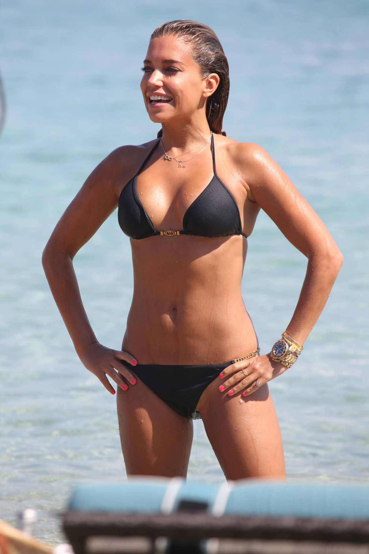 Sylvie Meis in Black Bikini on the beach in Miami Pic 34 of 35