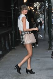 Taylor Swift - Leaving Her Apartment in NYC - August 2014