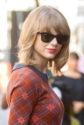 Taylor Swift Style - Out in New York City - August 2014