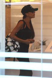 Victoria Beckham Arriving to SoulCycle in Brentwood - August 2014