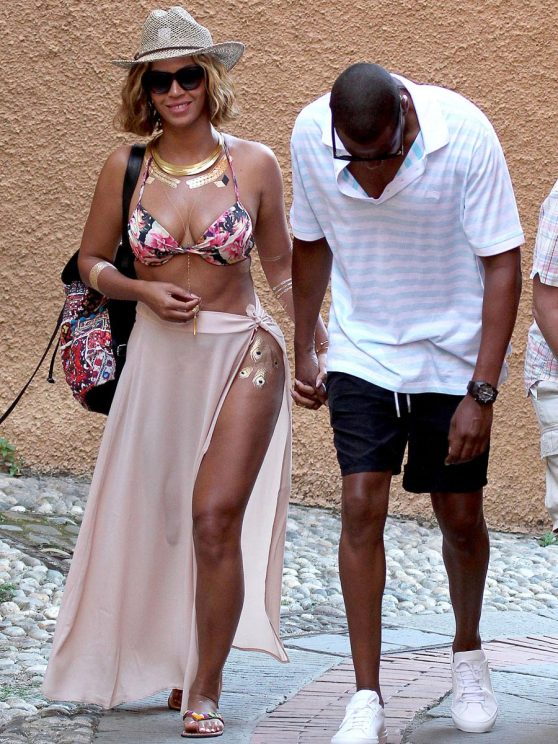 Beyonce Hot in Bikini Tops at Portofino (Italy) - September 2014