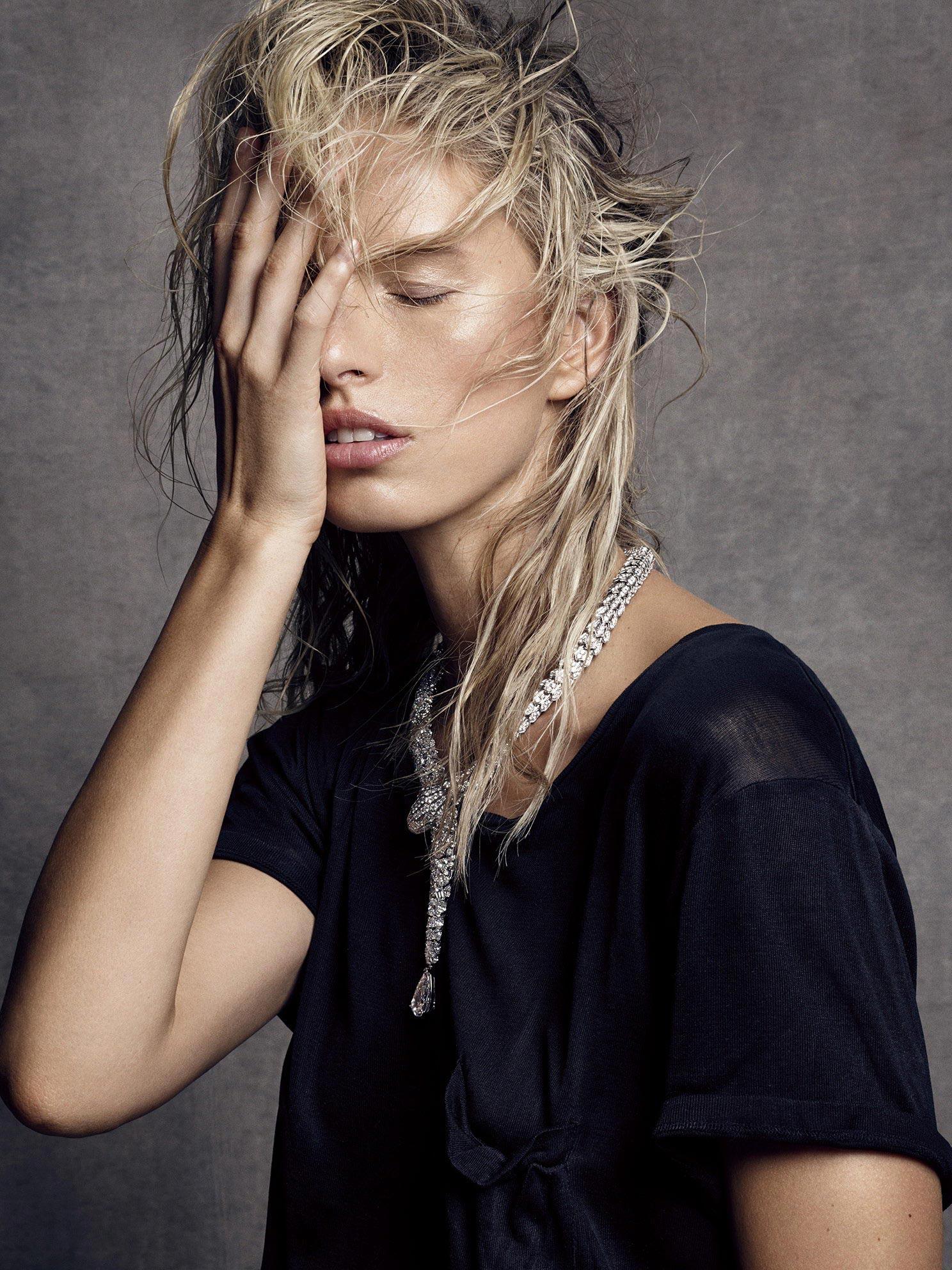 Karolina Kurkova Photoshoot For Vogue Magazine Spain