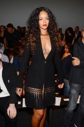 Rihanna-2014-902