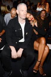 Rihanna-2014-904