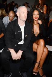 Rihanna-2014-905