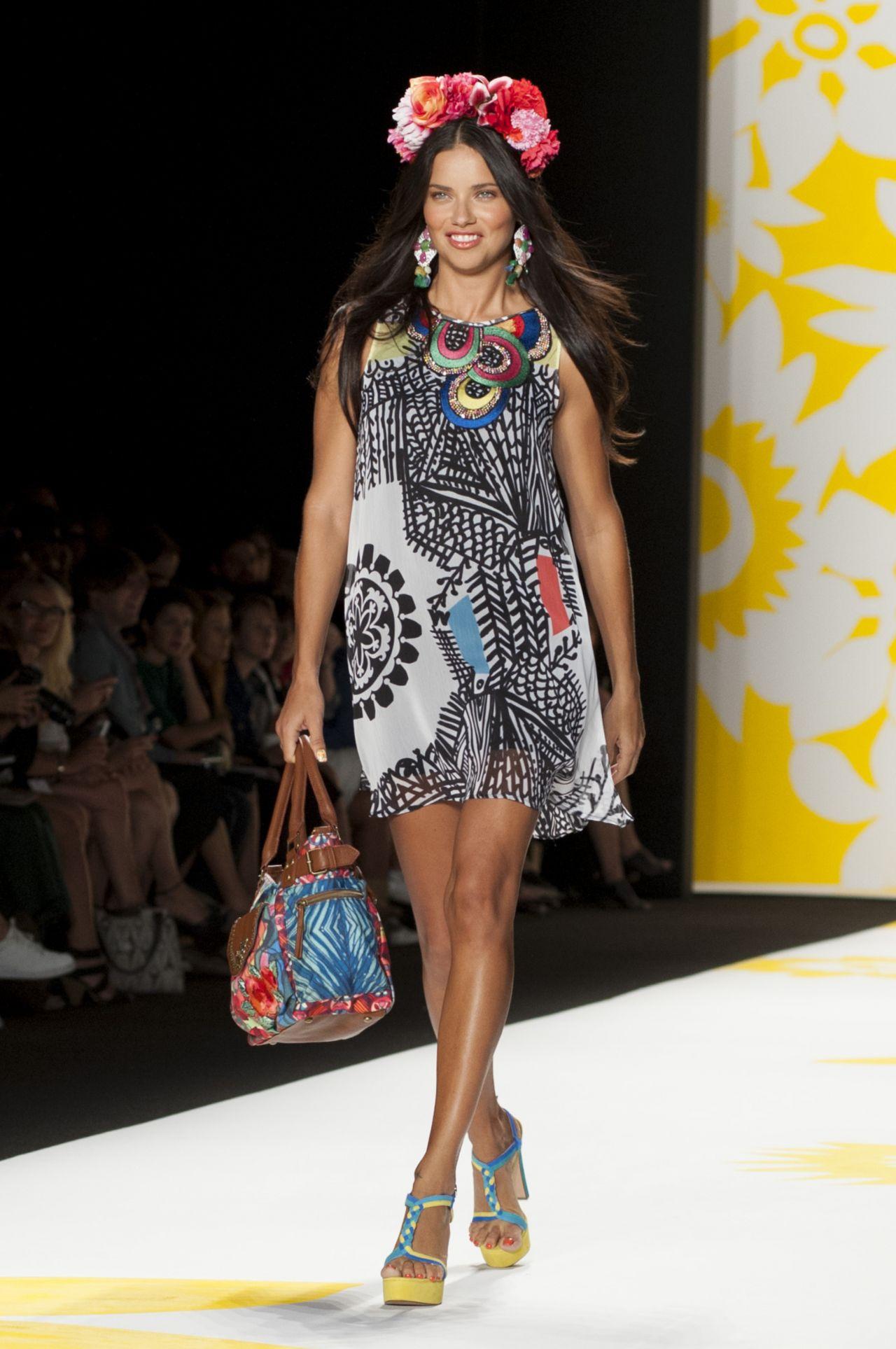 Adriana Lima – Desigual Fashion Show – Mercedes-Benz ...