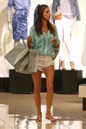 Alessandra Ambrosio Shopping in Santa Monica - September 2014