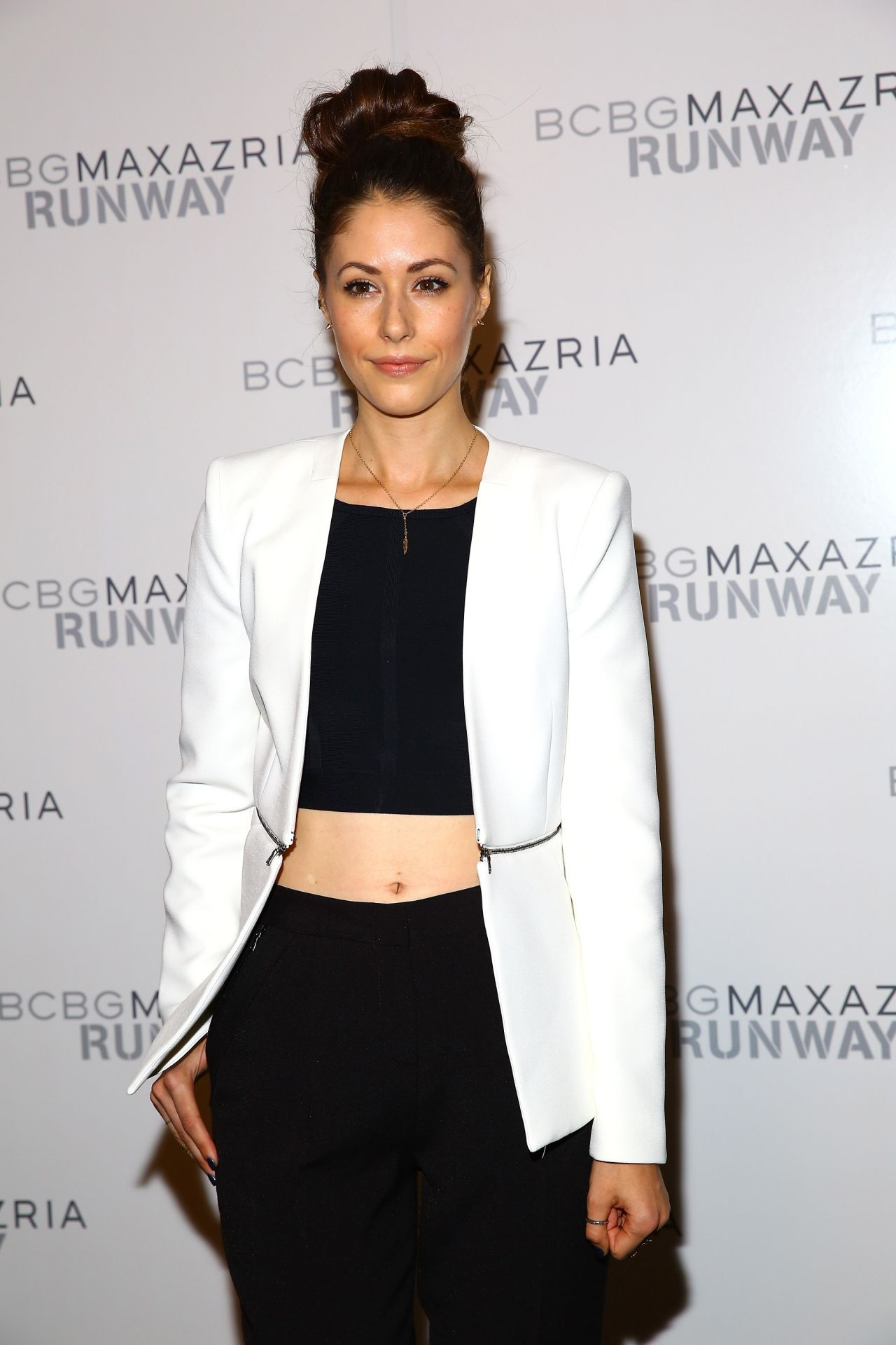 Amanda Crew – BCBG Max Azria Fashion Show in New York City – September 2014
