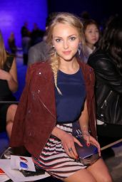 AnnaSophia Robb - Rebecca Minkoff Fashion Show in New York City – September 2014
