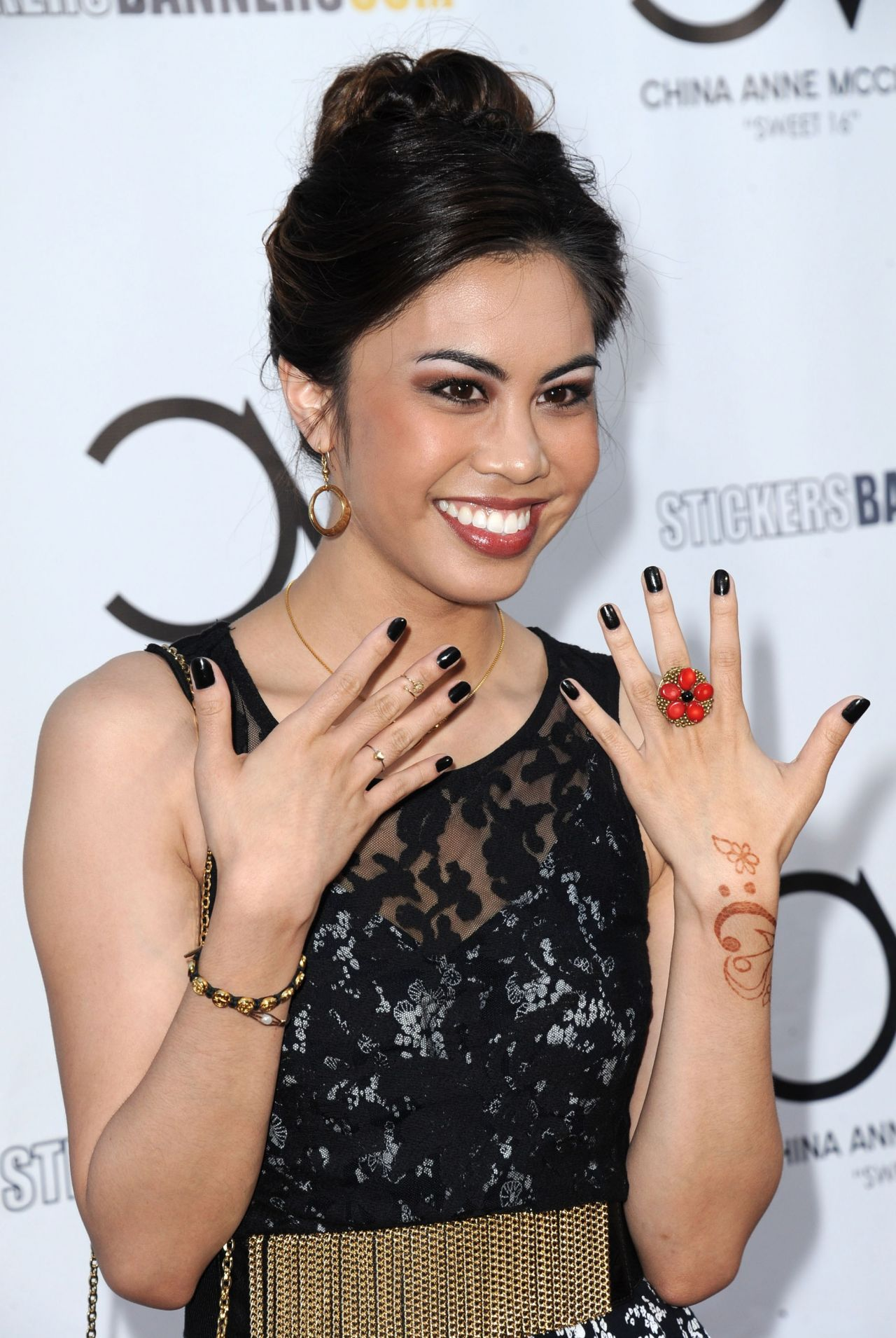 ashley argota ethnicity