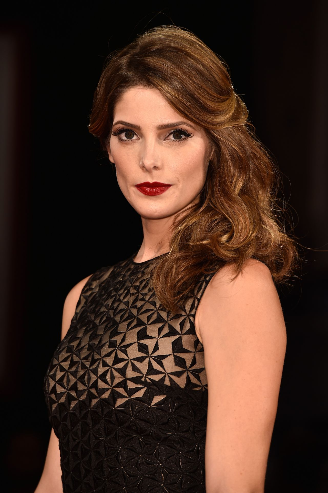Ashley Greene - 'Buryi...