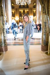 Bar Refaeli - Paris Fashion Week - Stella McCartney Show, Sept. 2014