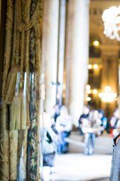 Bar Refaeli - Paris Fashion Week - Stella McCartney Show, Sept. 2014