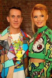 Bella Thorne - Jeremy Scott  Fashion Show in New York City – September 2014