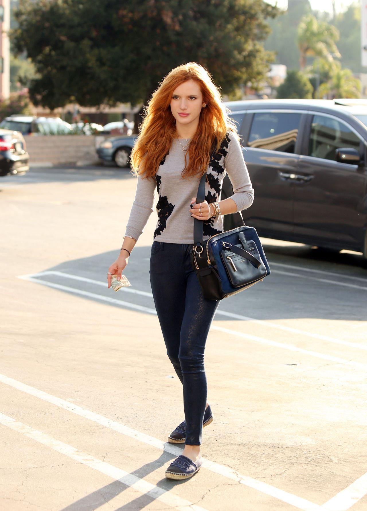 Bella Thorne style