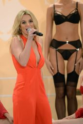 Britney Spears Unveils New Collection