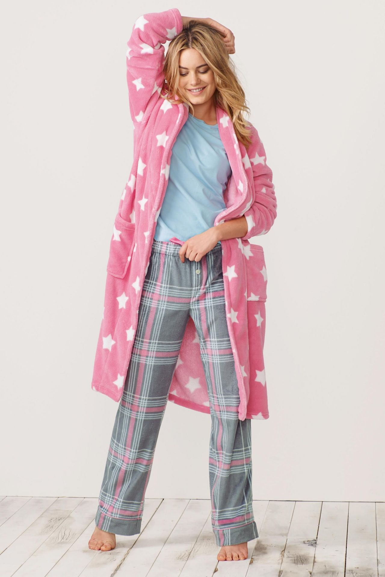 d945ecf36 Camille Rowe - Next Sleepwear - Winter 2014