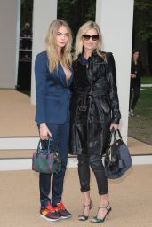 Cara Delevingne and Kate Moss - Burberry Prorsum Show - London Fashion Week, September 2014