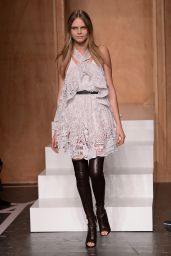 Cara Delevingne - Paris Fashion Week - Givenchy Spring-Summer 2015 Catwalk