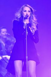 Carrie Underwood Performs Onstage at the 2014 Global Citizen Festival in New York City