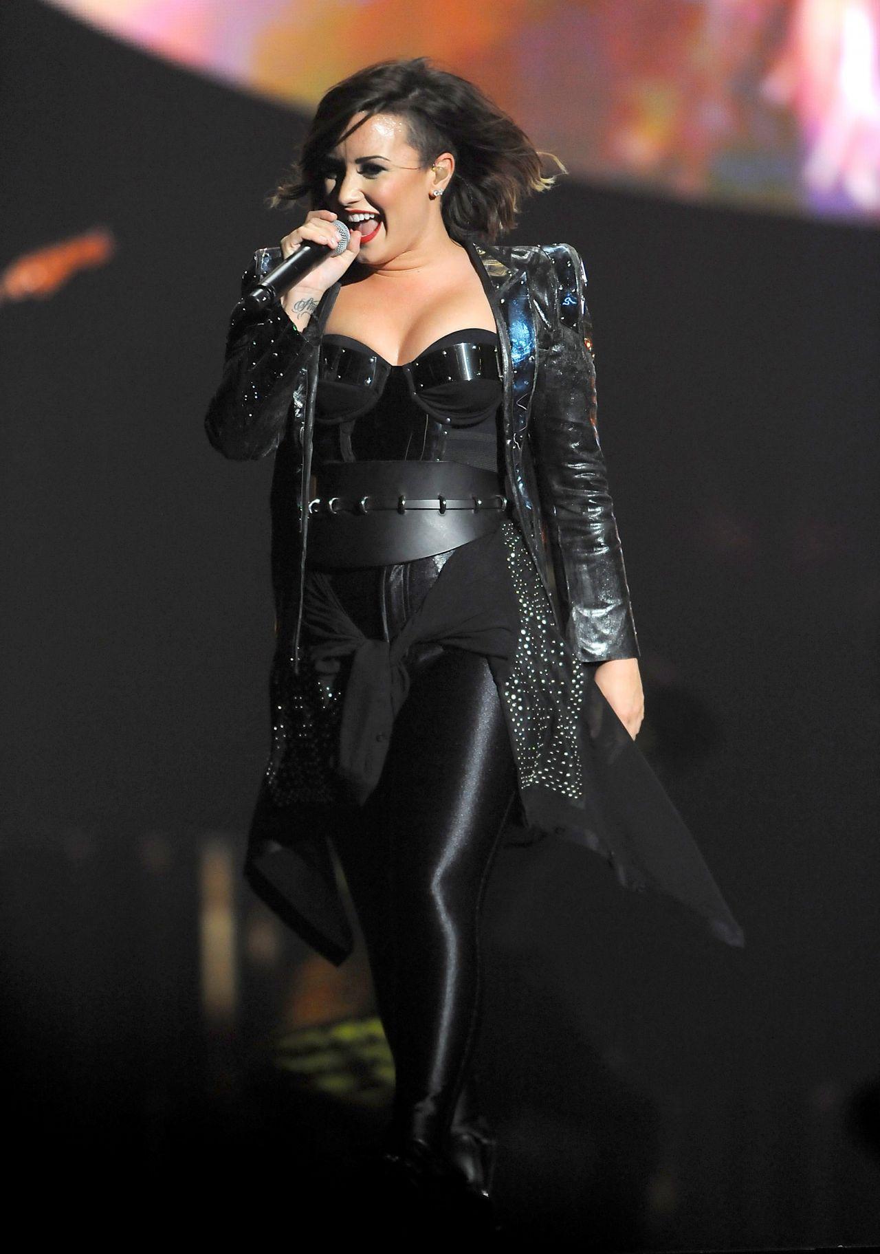 Demi Lovato Performing In Baltimore September 2014