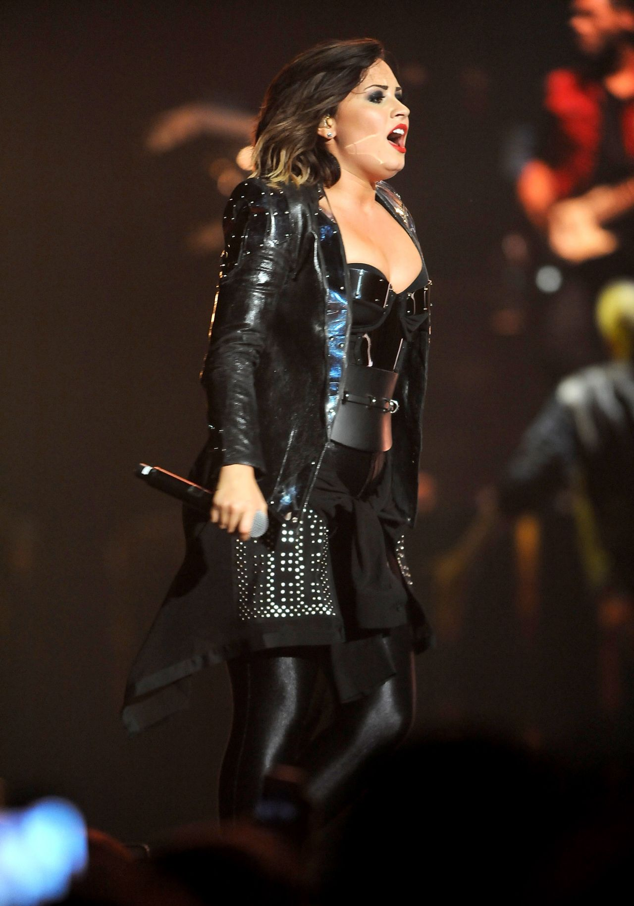 September 2014 Issue: Demi Lovato Performing In Baltimore