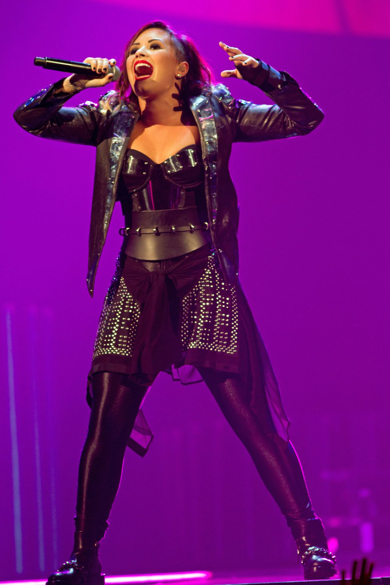 Demi Lovato Performs At Demi World Tour At The At Amp T