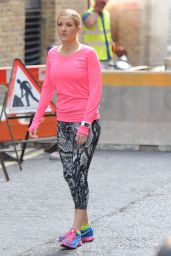 Ellie Goulding Shooting a Nike Ad in London - September 2014
