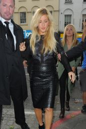 Ellie Goulding – Topshop Unique Show – London Fashion Week Spring/Summer 2015