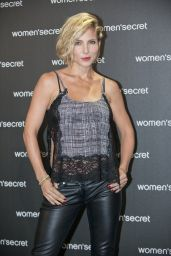 Elsa Pataky in Leather Pants at the