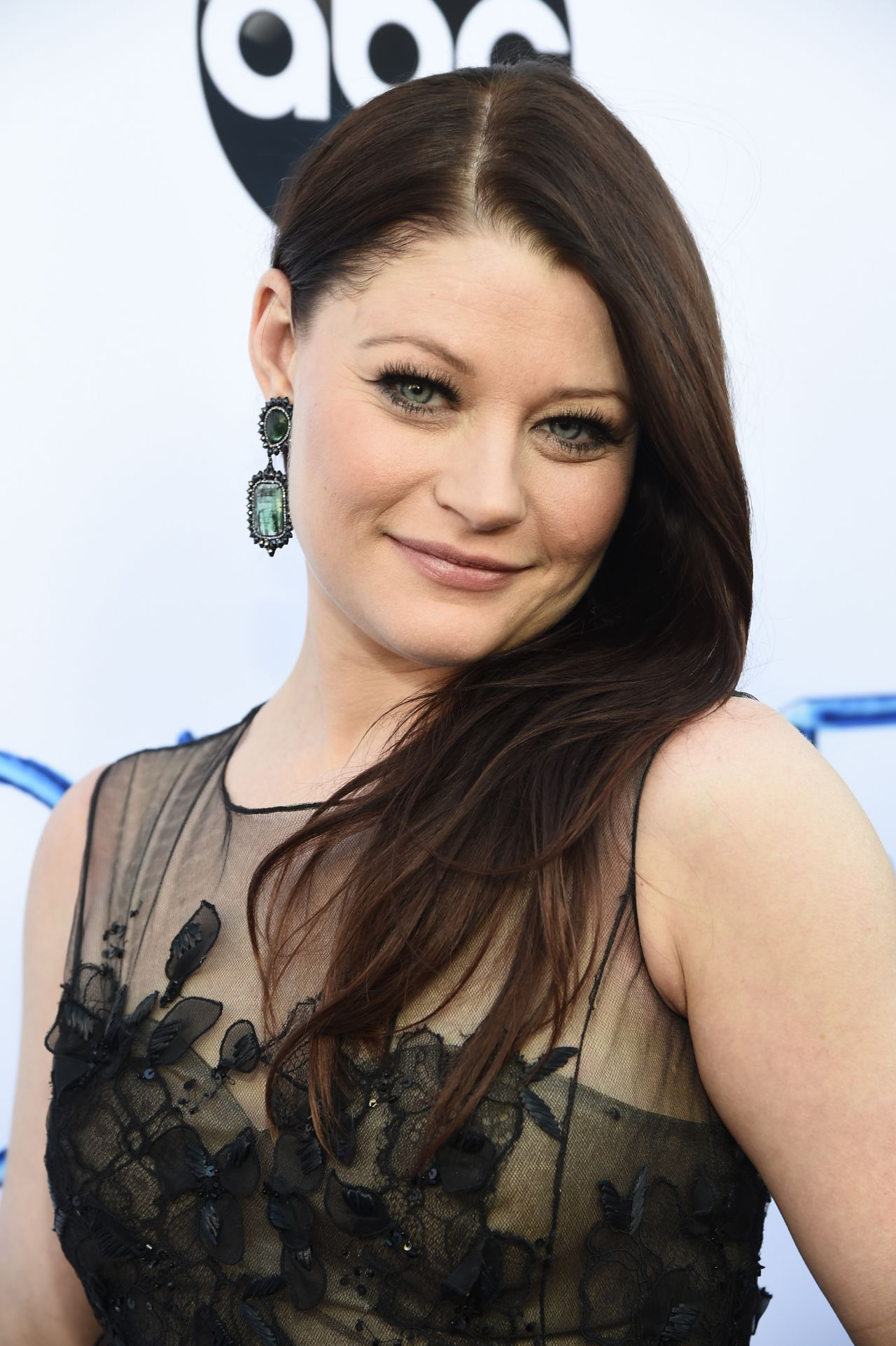emilie de ravin � �once upon a time� season 4 screening in