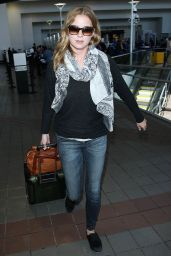 Emily VanCamp at LAX Airport - September 2014