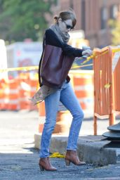 Emma Stone in Jeans - Out in New York City - September 2014