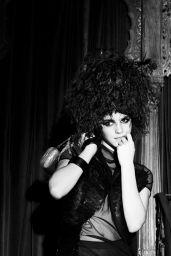 Emma Watson Photoshoot (2009)
