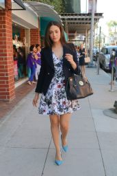 Emmy Rossum Leggy - Arriving at a Nail Salon in Beverly Hills - September 2014