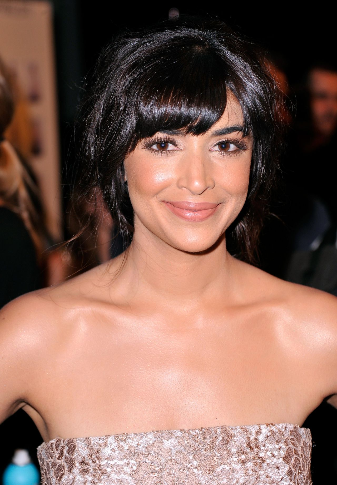 Hannah Simone - Monique Lhuillier Fashion Show in New York City – September 2014