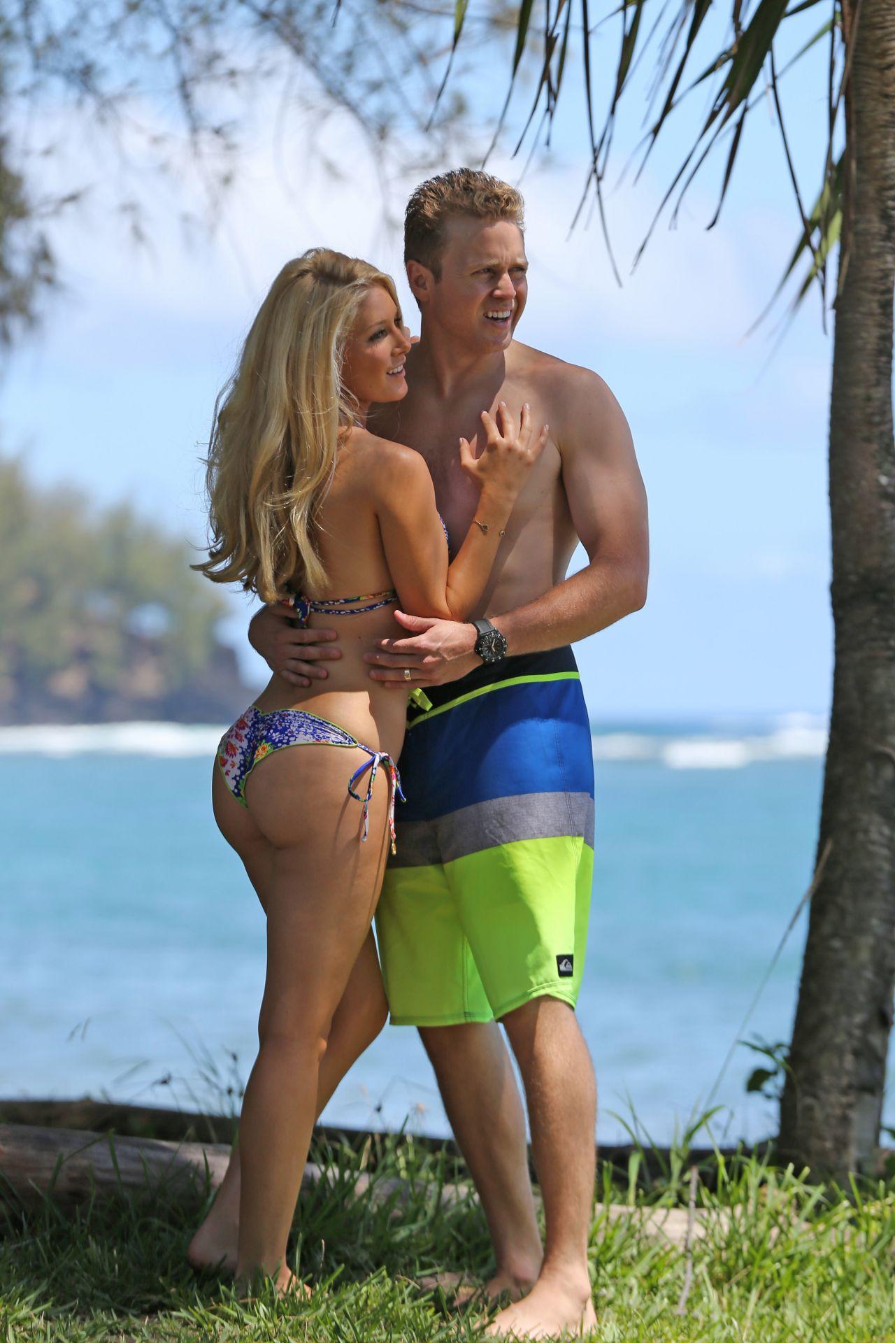 Heidi Montag Bikini Candids On Hawaiian Vacation