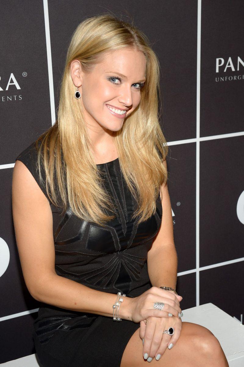 Heidi Watney Pandora Jewelry At Mercedes Benz Fashion