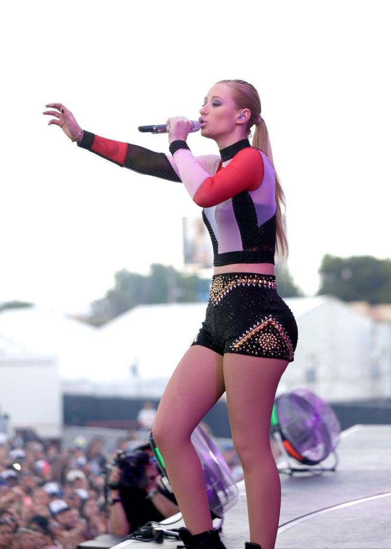 Iggy Azalea Performs at 2014 iHeartRadio Music Festival in Las Vegas