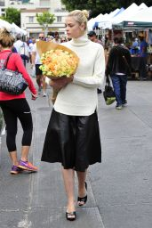 Jaime King Style - at the Farmer
