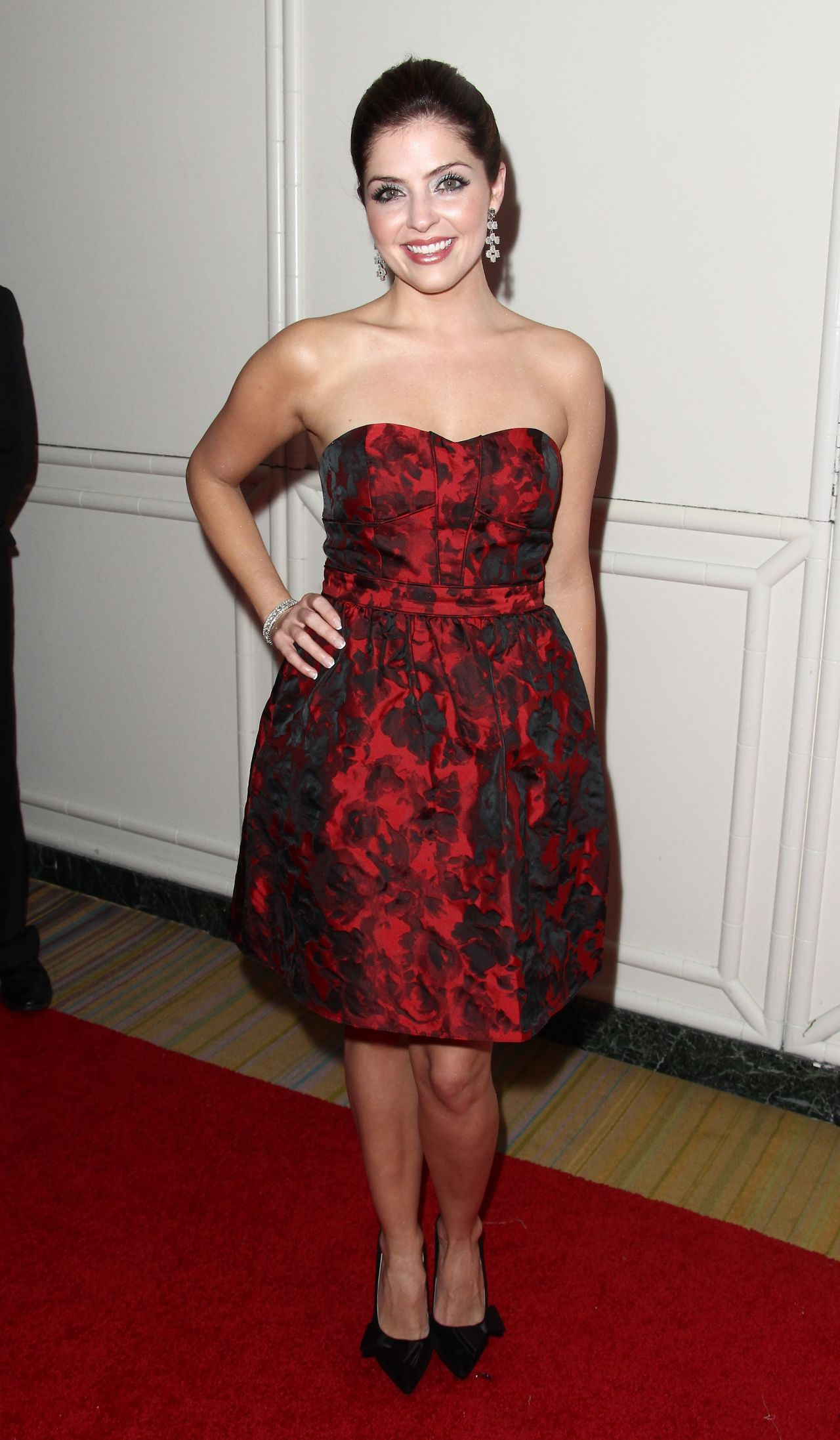 Jen Lilley Operation Smile 2014 Smile Gala In Beverly Hills