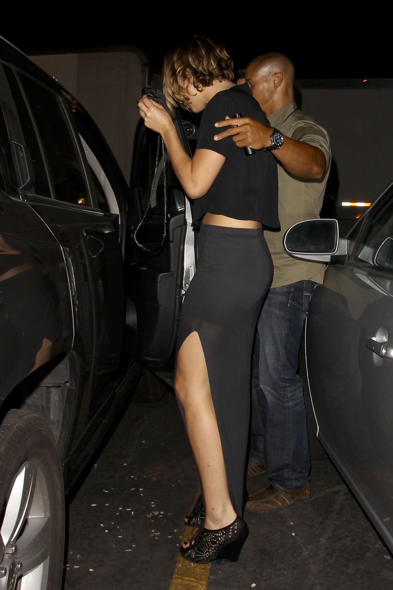 Jennifer Lawrence - Leaving the Coldplay Concert in Los Angeles, September 2014