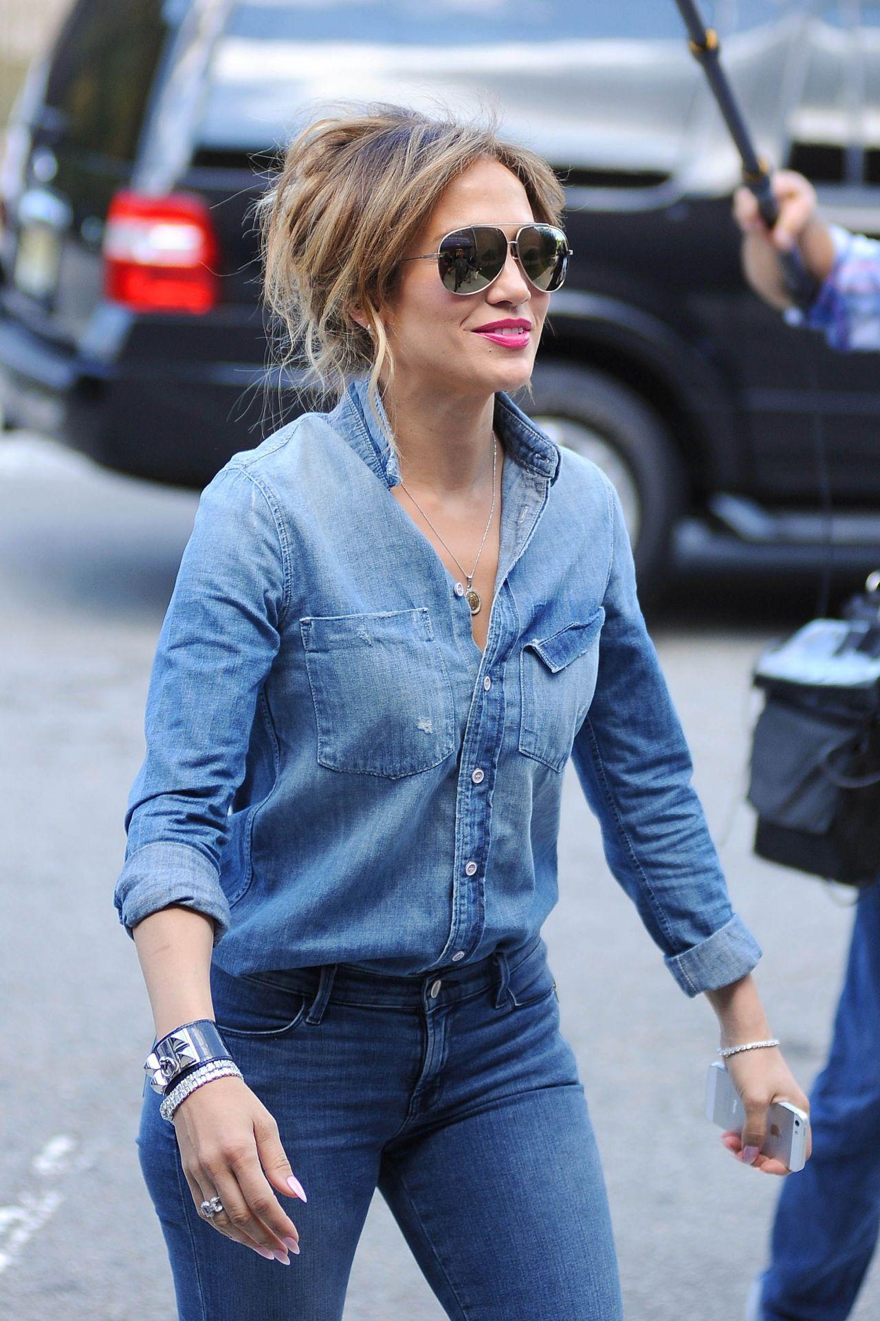 Jennifer Lopez Booty In Jeans Filming In The Bronx