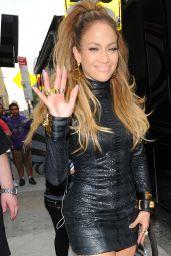 Jennifer Lopez Shows Off Her Killer Legs - Shooting a Video Music in New York City - September 2014