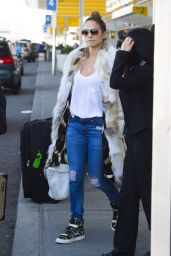 Jennifer Lopez Street Style - JFK Airport in NYC - September 2014